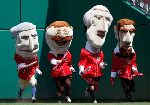 0415_mascots-racing-presidents_485x3401