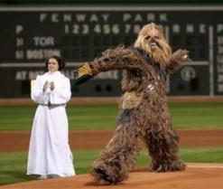 chewbacca_play_baseball-12404
